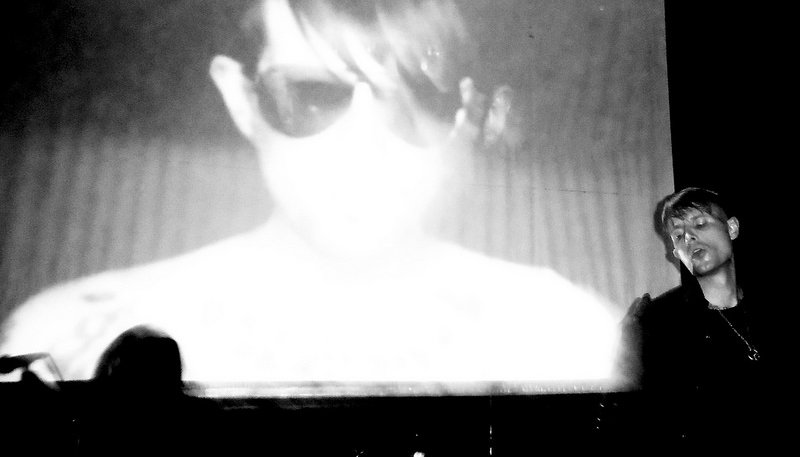 Wesley Eisold med Cold Cave. Foto: xkidx CC