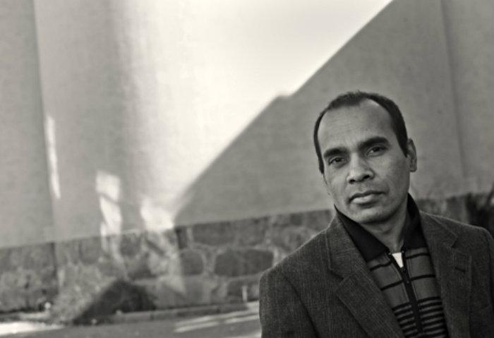 Anisur Rahman skriver om morden på författare i hemlandet Bangladesh. Foto: Cato Lein.