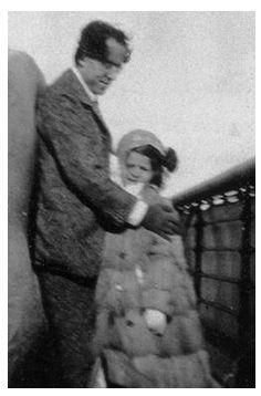 Gustav Mahler med en av sina döttrar. Foto: gustavmahler.com