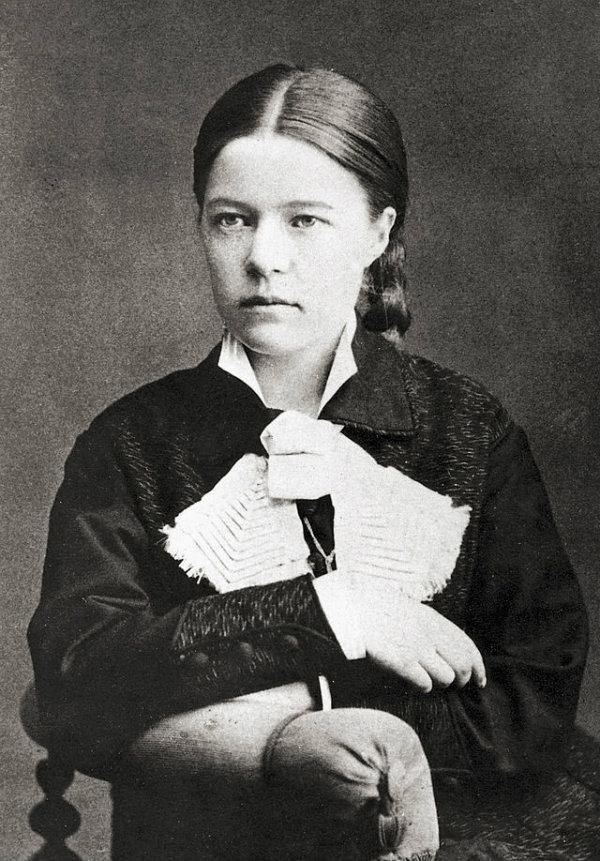 Selma Lagerlöf 1881. Foto: Anna ollson.  CC-PD-Mark.