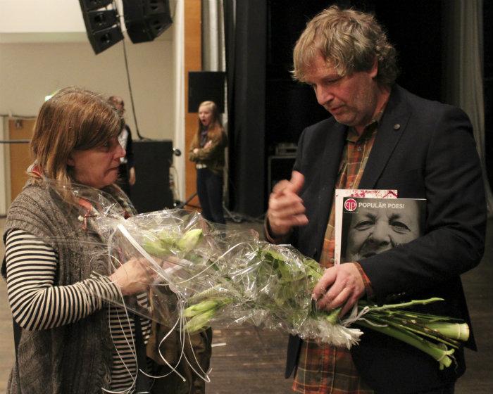 Mats Hansson intervjuas efter vinsten. Foto: Peter Nyberg