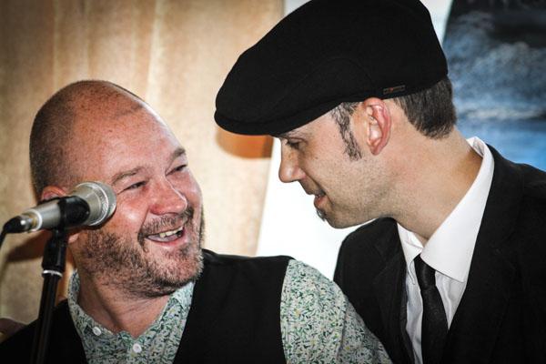 Dominic Williams och Joakim Becker under releasefesten. Foto: Åsa Nyberg.
