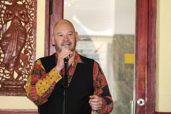 Dominic Williams från Coracle Europe och University of St David ledde Pilsnerpoesin. Foto: Åsa Nyberg.