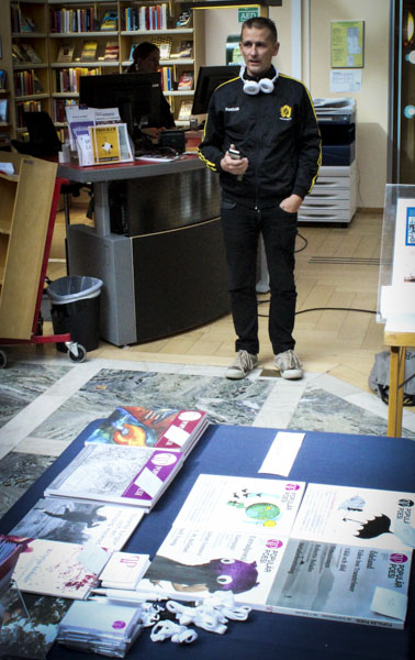 Lars Iselid, redaktör för Populär Poesi, läste sina dikter. Foto: Peter Nyberg.