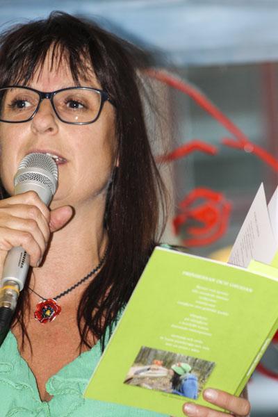 Camilla Linusson läste sina dikter. Foto: Åsa Nyberg.