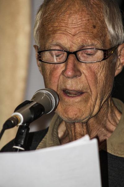 Göran Strömqvist läste dikter under Pilsnerpoesin. Foto: Åsa Nyberg.