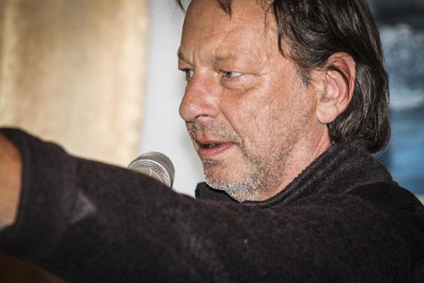 läste dikter under Pilsnerpoesin. Foto: Åsa Nyberg.
